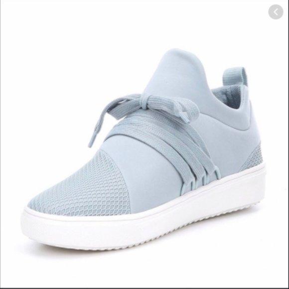 Steve Madden Light Blue Lancer Sneakers